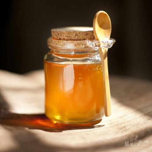 Không nên để mật ong dưới ánh nắng mặt trời.