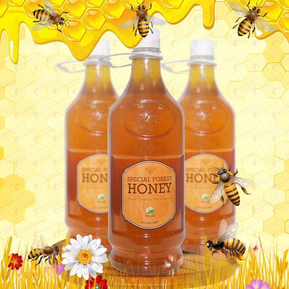 Mật ong hoa rừng đặc biệt  xuất khẩu 1400g (Chai nhựa) MO003