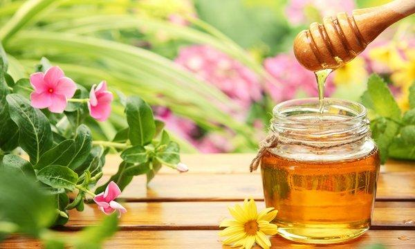 mẹ nên lựa chọn sử dụng mật ong xịn
